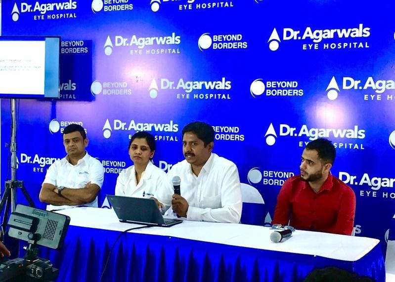 Dr. Ravi Dorairaj, Medical Director, Dr. Agarwal Eye Hospital, Bengaluru, is explaining about the complication of the surgery (PRNewsfoto/Dr.Agarwal's Eye Hospital Ltd.)