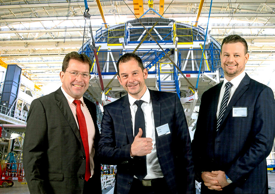 For the fourth consecutive year, Chemetall has been awarded the highest supplier award in the Airbus Supply Chain & Quality Improvement Program called SQIP. The award was handed over to Christoph Hantschel, Global Product Manager Aircraft Sealants & CICs, Hendrik Becker, Global Aerospace Manager, and Nicholas Cush, Global SIOP Manager. © Airbus