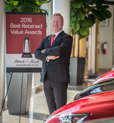 Brad Rome, President, Canadian Black Book, congratulates all the 2018 Best Retained Value Award winners. (CNW Group/Canadian Black Book)