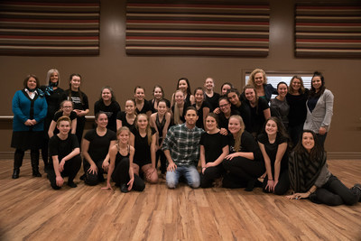WestJet Thanks: From the heart follows young heart transplant recipient and dancer, Alyssa, and Blake McGrath, renowned Canadian choreographer, dancer and recording artist, thank her Fredericton, New Brunswick dance community (CNW Group/WESTJET, an Alberta Partnership)