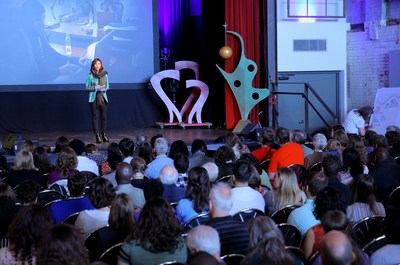 SwitchPoint Advisory Council member Roya Mahboob presents at SwitchPoint 2017. Photo courtesy of IntraHealth International.