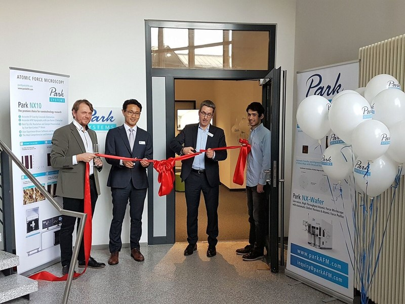 The new European Headquarters for Park Systems in Manheim, Germany was officially inaugurated by the Global Sales Director of Park Systems Corp, James Woo and General Manager for Europe, Ludger Weisser in a ribbon cutting ceremony on Feb 6, 2018. The new office will serve as a central European AFM research facility, providing technical sales and service with a fully equipped Atomic Force Microscopy Nanoscience Lab on site.