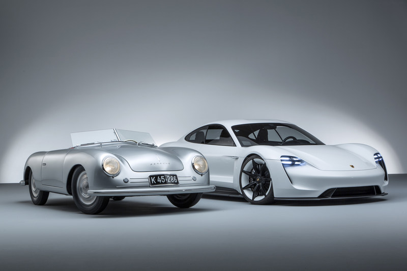 """Porsche Cars Canada, Ltd., is excited to reveal a special exhibit at the Canadian International Auto Show (CIAS) this year in honour of """"70 Years of the Porsche Sports Car"""". (CNW Group/Porsche Cars Canada)"""