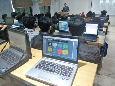 STYLY is helping to build Pakistan's VR industry and community by providing workshops to universities in Punjab. More such workshops are currently being planned by STYLY for other regions of Pakistan.