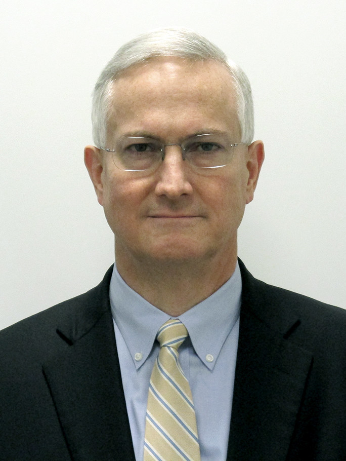 D.E. (Dan) Lyons (CNW Group/Imperial Oil Limited)
