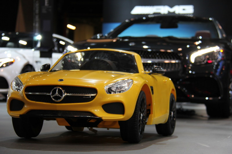 To celebrate Family Day, Mercedes-Benz Canada is giving people the chance to win a Mercedes-AMG at the Canadian International Auto Show, specifically the kid-friendly, solarbeam yellow Mercedes-AMG GT S electric car. The vehicle features the low, aggressive stance characteristic of the AMG GT Family, but is a slightly less powerful, kid-friendly option. On Monday, February 19, visitors to the auto show are encouraged to visit the Mercedes-Benz booth and post a photo entry on Instagram to be entered for a chance to win the kid-sized replica car. (CNW Group/Mercedes-Benz Canada Inc.)