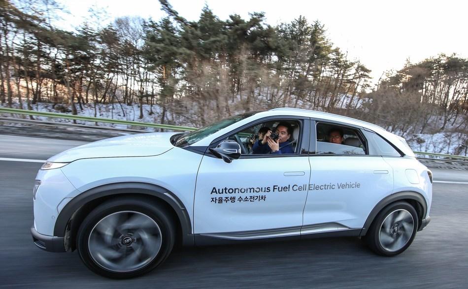 Hyundai's Next-Generation Fuel Cell Vehicle NEXO Boasts World's Best Driving Range