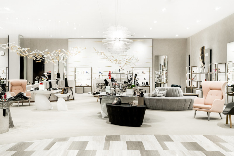 Saks fifth avenue opens third store in canada saks calgary for 3rd avenue salon