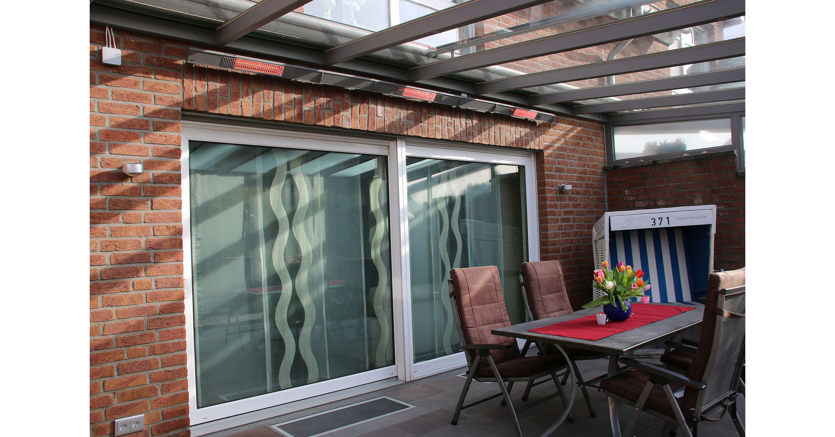 nouveau concept de chauffage pour terrasse prim de burda pour les zones ext rieures. Black Bedroom Furniture Sets. Home Design Ideas