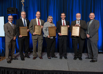 Pratt & Whitney's 2018 ASME Engineers of the Year: L-R: Rob Esteve (2017 honoree), Mark Von Nieda, Dan Gysling, Esther Boyes, Rick Carlton, Ron Prihar, Chris Kmetz (VP, Engineering, Module Centers).