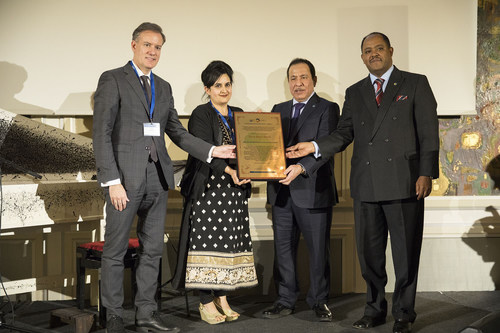 The International Dialogue Centre (KAICIID) received the prestigious Africa Peace Award 2018 for its work promoting interreligious and intercultural dialogue in Africa and the world, and in particular for its contribution to reviving the African Union Interfaith Dialogue Forum in partnership with the African Union. The prize is given by United Religions Initiative (URI), and was presented to KAICIID by Ambassador Mussie Hailu. Photo: KAICIID (PRNewsfoto/KAICIID)