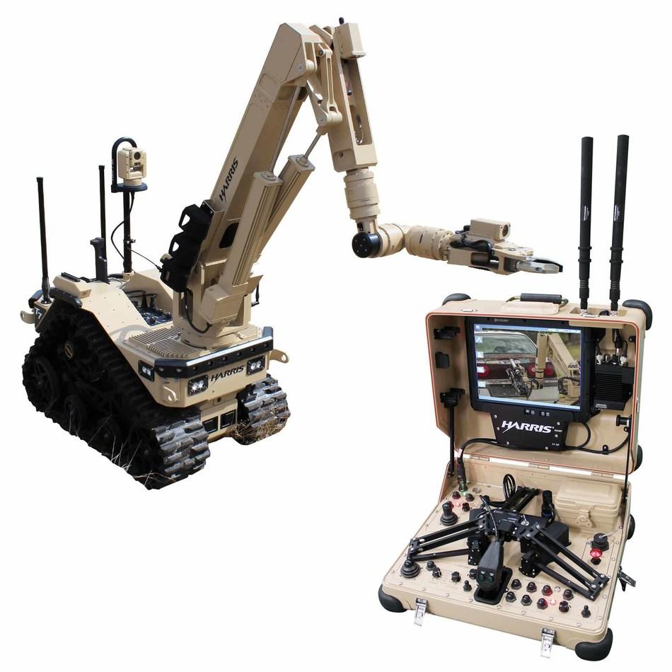 Harris T7 Robot with Silvus SC4200 MIMO Radio Datalink