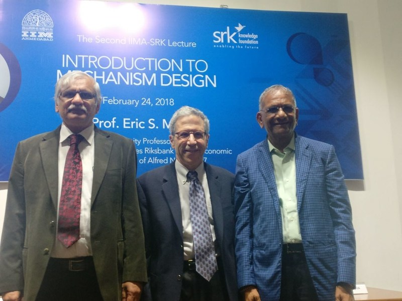 SRKKF Chairman Shri Govind Dholakia with Noble Laureate Eric Maskin and IIMA Director, Errol D'Souza (PRNewsfoto/SRKay Consulting Group LLP)