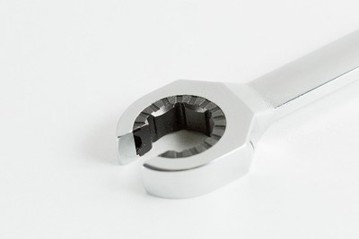 360˚ Ratcheting Flare Nut Wrench