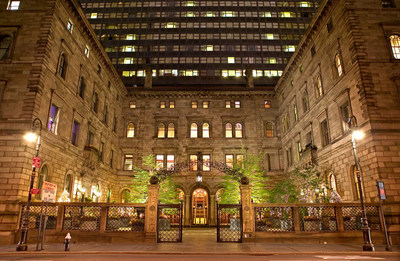 Lotte New York Palace Exterior