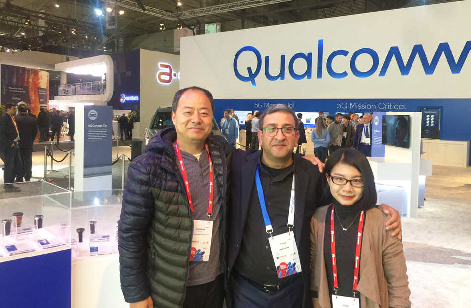 Abardeen Brings 4G Connectivity to its First Kids Smartwatch Powered by Qualcomm Snapdragon Wear Platform, Shenzhen Continental Wireless Co.,Ltd Marketing Director Ricky Wong (on the left), Qualcomm Technologies, Inc. Senior Director, Product Management Pankaj Kedia (in the middle)
