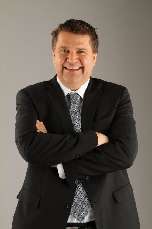 Bob Cummings is now WestJet Executive Vice-President, Strategy and Guest Services (CNW Group/WESTJET, an Alberta Partnership)