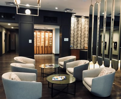 Cambria Hotel Downtown Dallas Lobby (photo credit - Lindsey Dorn)