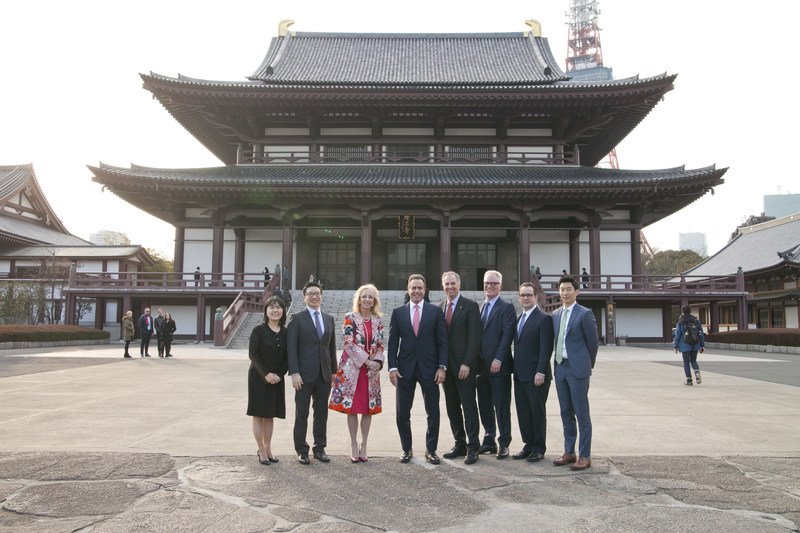 Members of Caesars Entertainment Senior Leadership and Japan Teams visited the Zojoji Temple. Caesars representatives included Mark Frissora, President and Chief Executive Officer, Jan Jones Blackhurst, Executive Vice President, Public Policy & Corporate Responsibility, Chris Holdren, Executive Vice President and Chief Marketing Officer, Steven Tight, President of International Development, William Shen, Senior Vice President and Managing Director, Caesars Entertainment Japan and Korea, Joshua Chan, Director, Asia Development, Spyro Costopoulos, Senior Vice President and Chief of Staff to the CEO, and Hiroko Fujiwara, Assistant Manager of Communications, Japan.
