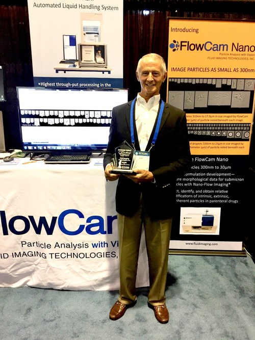 Kent Peterson, CEO, Fluid Imaging Technologies, receiving the Pittcon Today Excellence Silver Award for the company's FlowCam Nano flow imaging nanoparticle analyzer.