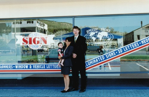 Premium brand and leading full-service sign innovator, Signarama, celebrates its 20th anniversary in Australia and New Zealand.