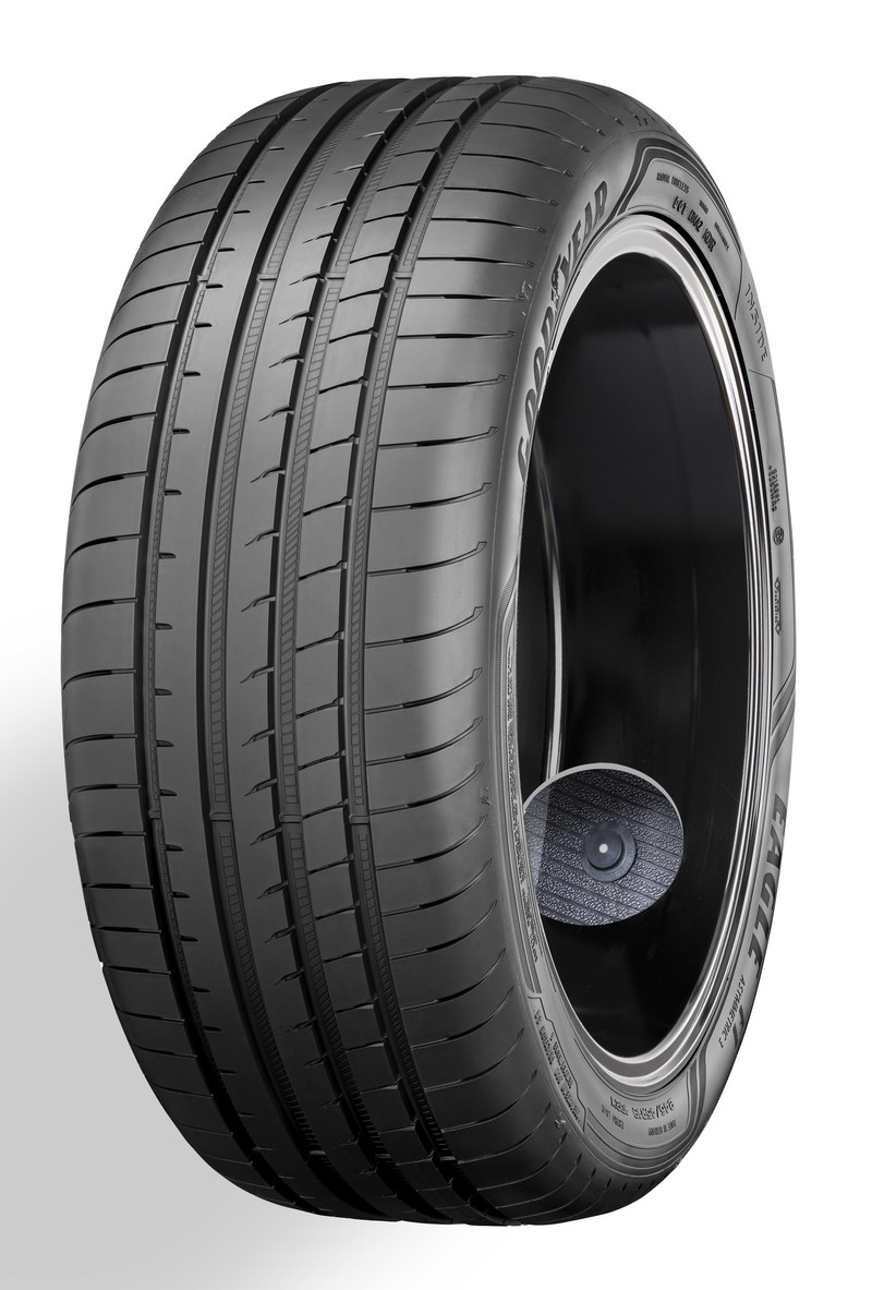Eagle F1 Asym3 Inside view Cutout Chip in tire (PRNewsfoto/Goodyear)