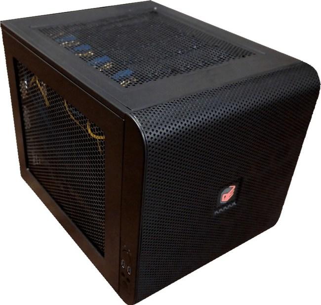 ServerCube Device