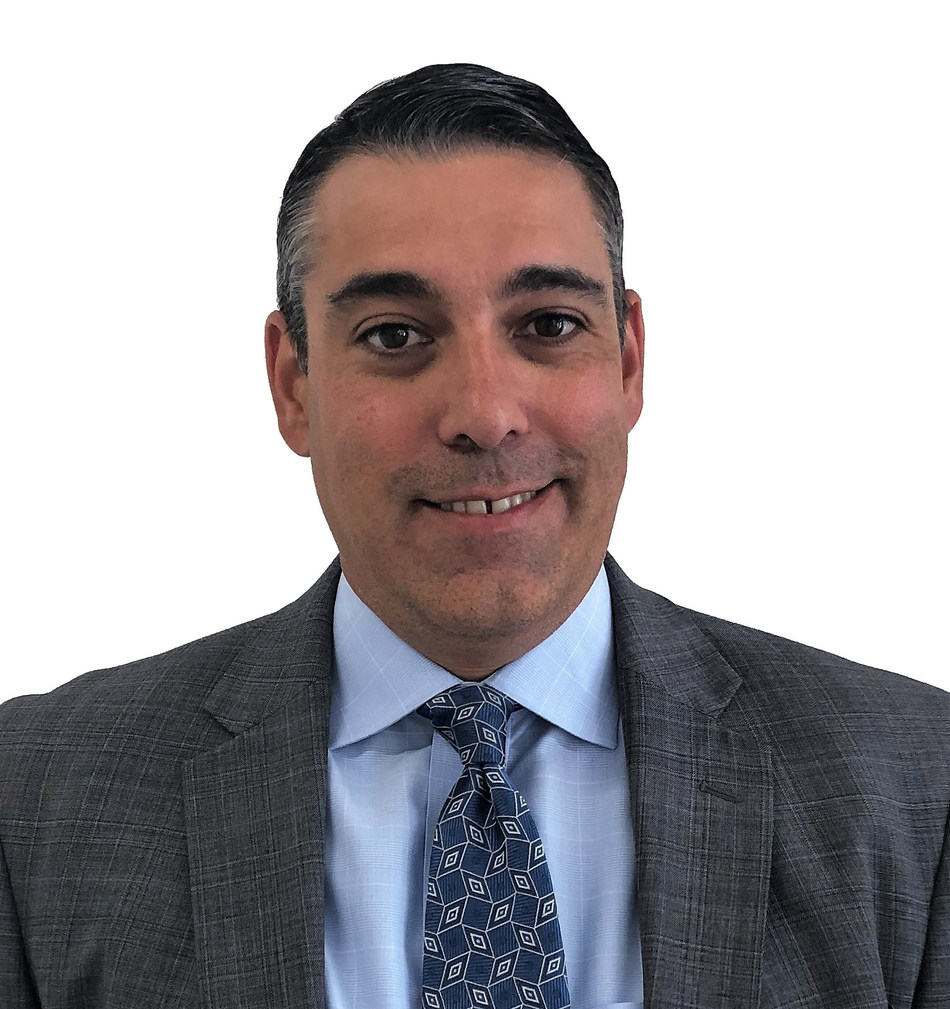 Roland Valdivieso has been hired as Senior Vice President, Market Leader for West Palm Beach for Professional Bank.