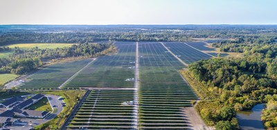 An aerial photo of DTE's Lapeer Solar Park, one of the renewable energy projects that is part of the MIGreenPower program