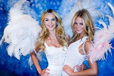 FTV COIN DELUXE provides exclusive access to fashion shows. Credits: Fashion TV (PRNewsfoto/FashionTV (FTV))
