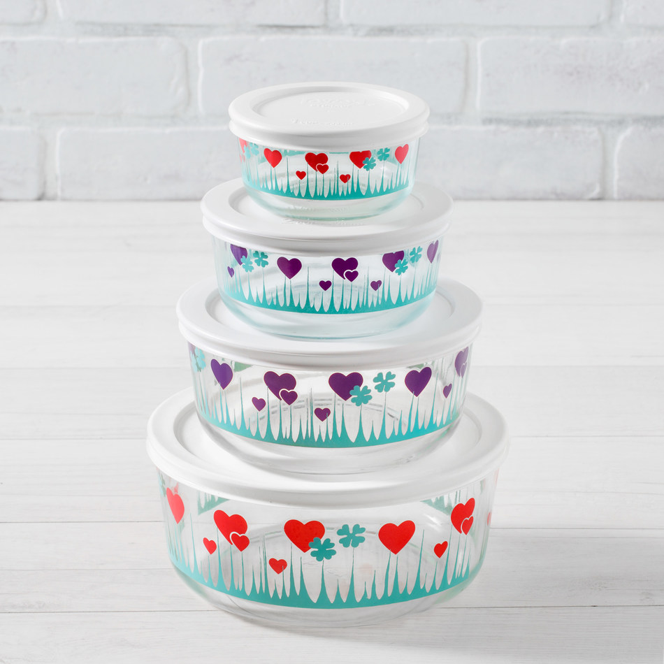 New Pyrex® Lucky in Love Limited-Edition Collection to be displayed at the 2018 International Home + Housewares Show.