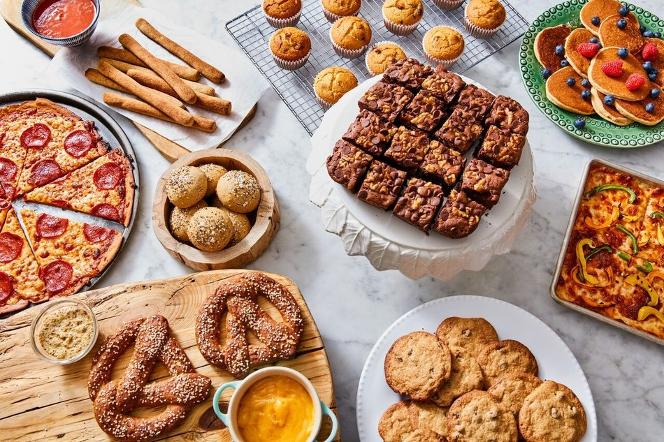 With CAULI-FLOUR by CAULIPOWER, consumers can now create their favorite sweet or savory comfort foods as better-for-you versions with just one mix, cup-for-cup: brownies, muffins, pretzels, cookies, gluten-free-breading, and, of course, vegan or paleo pizza.