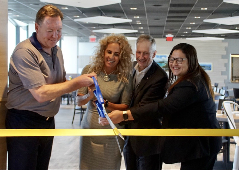 IMC-USA President and CEO David Crabtree; Diana Rodriguez, Special Assistant to Miami-Dade County Mayor Carlos A. Gimenez; Miami-Dade Deputy Aviation Director Ken Pyatt, and IMCMV Miami Director of Operations Paula Irizarry cut the ceremonial ribbon.