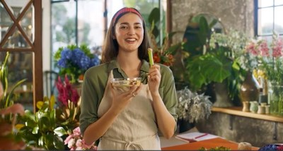 SABRA CREATIVE CAMPAIGN GIVES CONSUMERS SOMETHING TO SING ABOUT