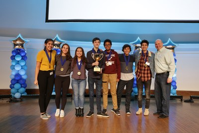 2018 Magnetar Academy Team Challenge winning team Northside College Prep High School.