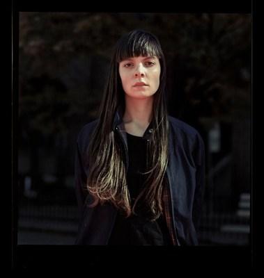 Elisa Julia Gilmour, l'une des trois gagnantes du nouveau Prix Nouvelle génération de photographes. (Groupe CNW/Scotiabank)