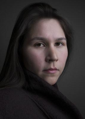 Meryl McMaster, l'une des trois gagnantes du nouveau Prix Nouvelle génération de photographes. (Groupe CNW/Scotiabank)