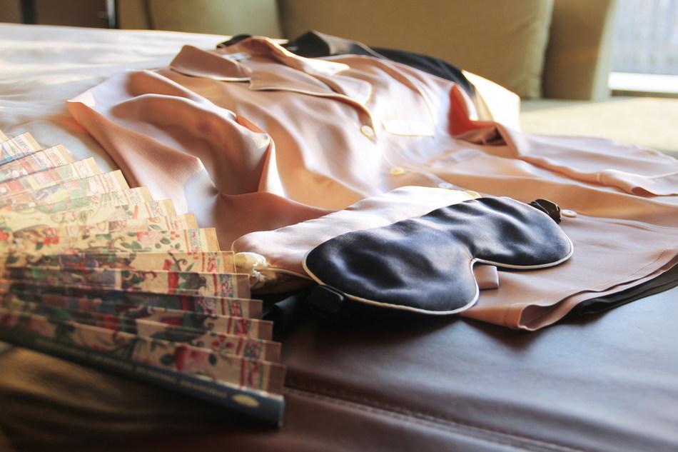 Mandarin Oriental Pudong, Shanghai X MANITO - Sleep in Silk