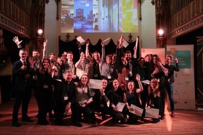 Vingt entrepreneurs du Québec et de Wallonie-Bruxelles apprennent à propulser leur entreprise au NEST'In Montréal (Groupe CNW/Les Offices jeunesse internationaux du Québec)