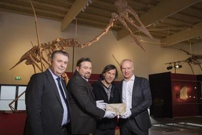From left to right: Prof. Dr. Haszprunar, PD Dr. Mike Reich, Raimund Albersdörfer, Michael Völker. Credit: Axel Schmidt, Dinosaurier Museum Altmühltal (PRNewsfoto/Dinosaur Museum Altmuehltal)