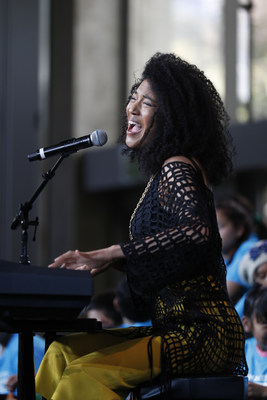 Artist Judith Hill inspires hundreds of students from across LA County who joined together at the Education Through Music-Los Angeles 8th Annual Music Unites the World Festival, March 15, 2018, Skirball Cultural Center. www.etmla.org Photo Credit: Josh Lefkowitz / Moloshok Photography