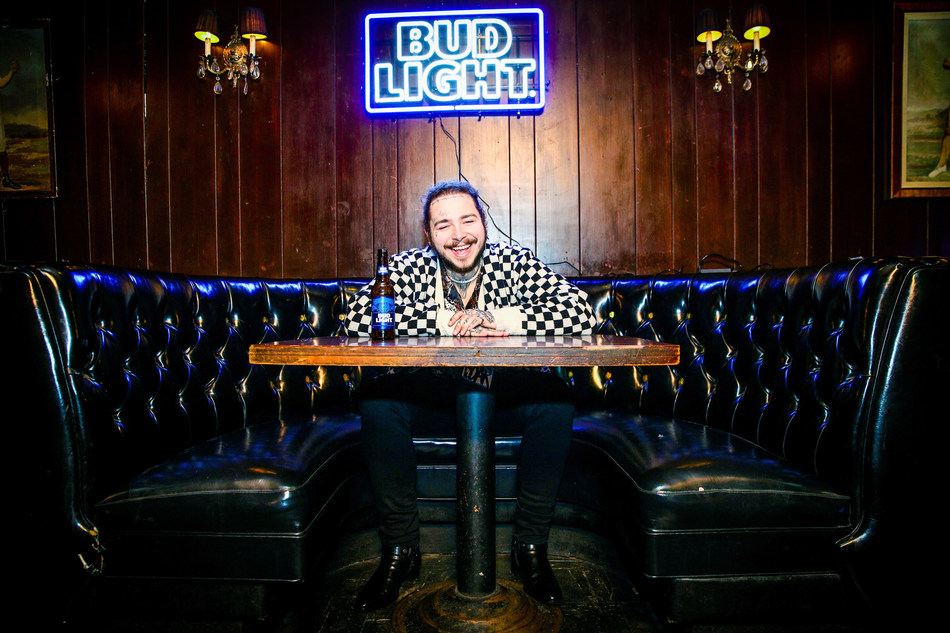 Post Malone behind the scenes before his Bud Light Dive Bar Tour show in Nashville at Footsies Dive Bar on March 20, 2018 in Los Angeles, California. (Credit: Rich Fury/Getty Images for Bud Light)