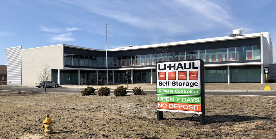 U-Haul® will soon offer a contemporary self-storage facility at 1975 W. North Ave. thanks to the acquisition of the former Jewel-Osco® corporate offices. U-Haul acquired the two-building complex on Feb. 16.