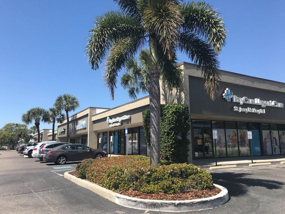 Palms Plaza