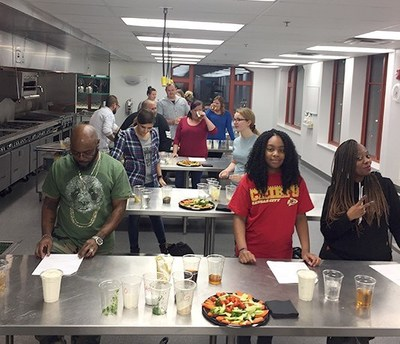 Experienced chefs guided warriors through the process of preparing healthy morning meals that satisfy the body and mind, during a recent cooking class with Wounded Warrior Project® in Kansas City, Missouri.