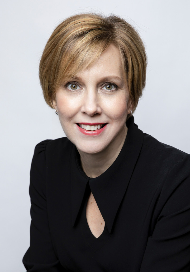 Deborah Gillis is President & CEO of Catalyst, a leading global nonprofit dedicated to advancing women at work and co-chair of Pillar Three of the Canada-U.S. Council for Advancement of Women Entrepreneurs and Business Leaders. (CNW Group/Canada-United States Council for Advancement of Women Entrepreneurs and Business Leaders)