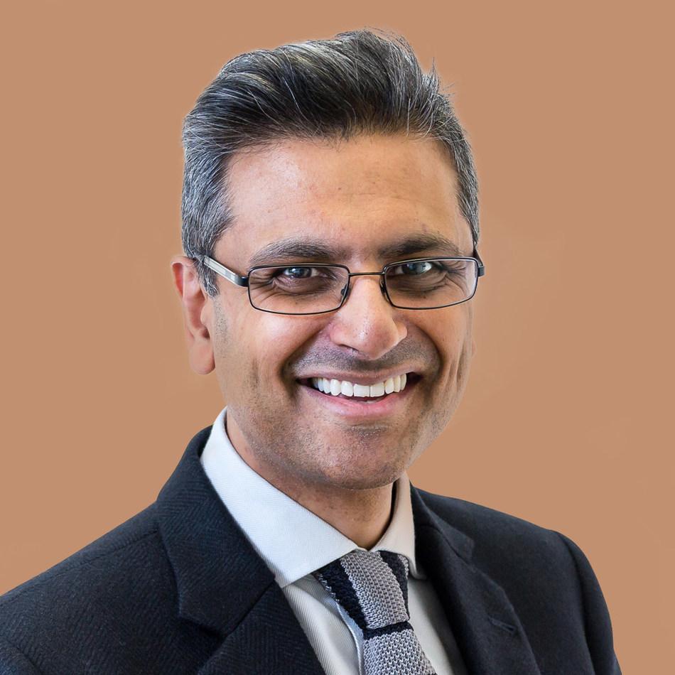 Dr. Mandeep S. Sagoo, Consultant Ophthalmologist, Moorfields Eye Hospital London, Visiting Consultant Moorfields Eye Hospital Dubai, is a leading expert in eye tumours (PRNewsfoto/WPR (ME) Limited)