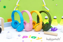 INTRODUCING BUDDYPHONES PLAY FROM ONANOFF:  Wireless Volume-Limiting Kids Headphones