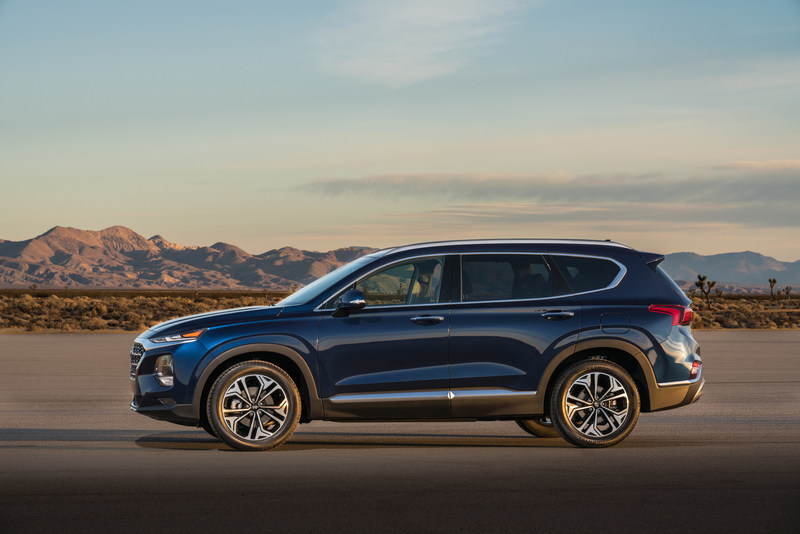 the all new 2019 santa fe makes its united states debut at the new york international auto show. Black Bedroom Furniture Sets. Home Design Ideas