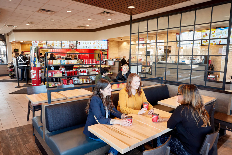 The new Welcome Image provides Tim Hortons® Guests with a more contemporary Restaurant experience. (CNW Group/Tim Hortons)